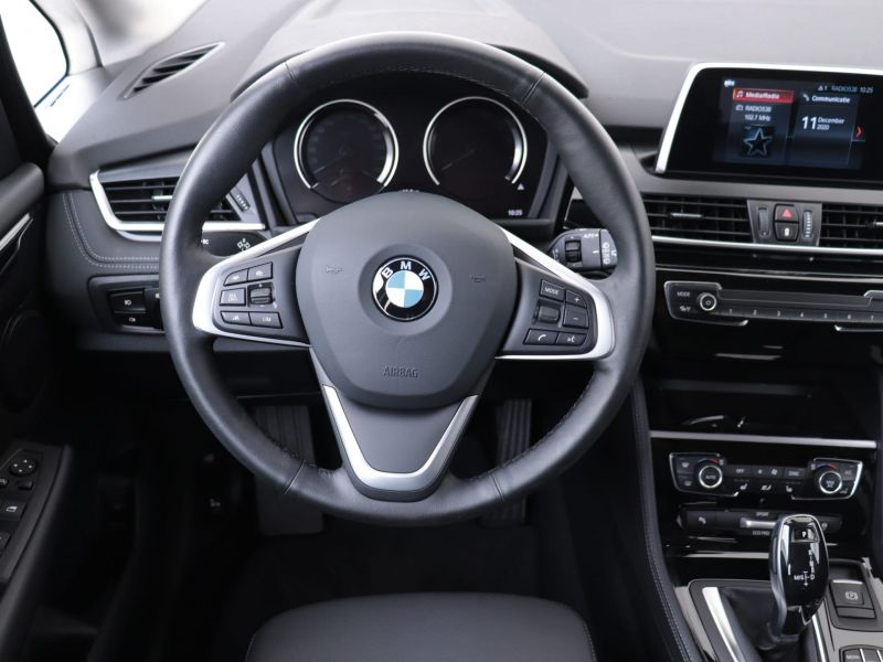 BMW 220i Active Tourer Sportline van CarSelexy.